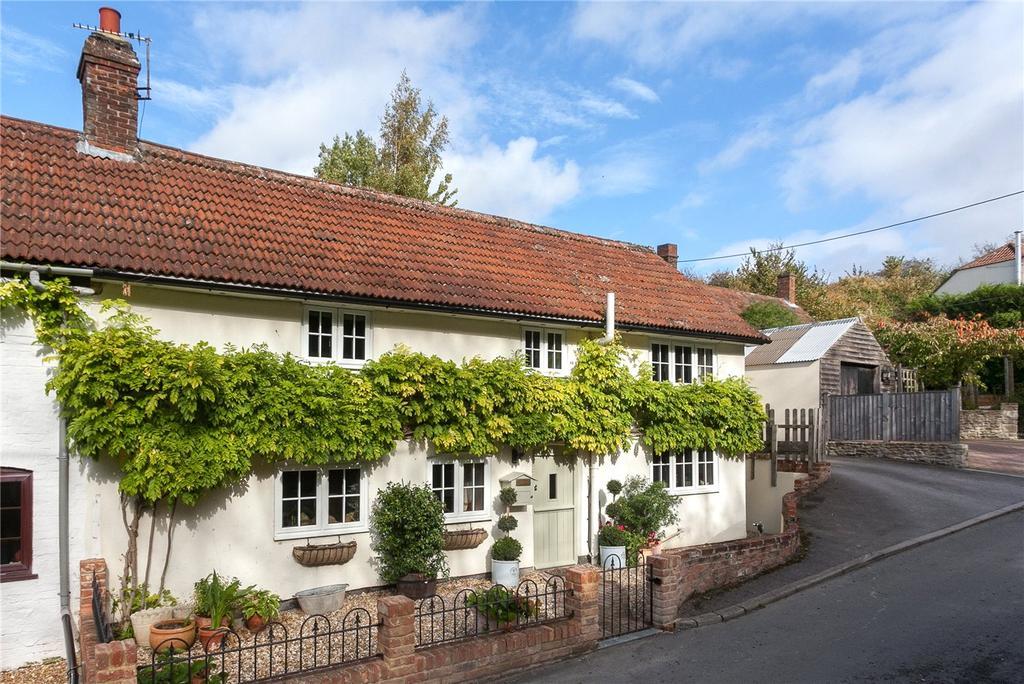 4 Bedrooms Semi Detached House for sale in Salisbury Hollow, Edington, Westbury, Wiltshire, BA13