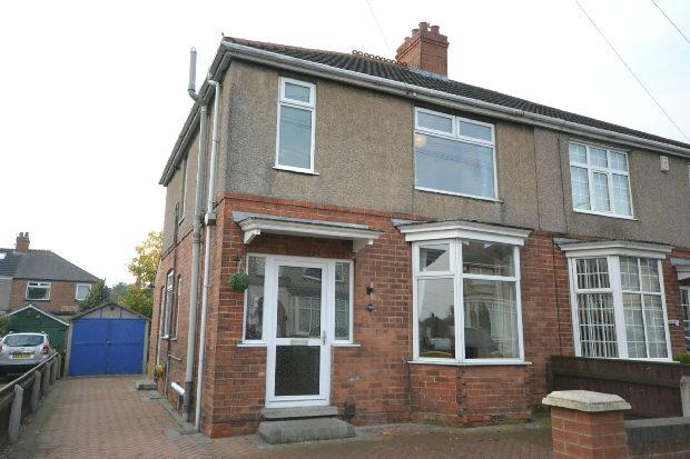 3 Bedrooms Semi Detached House for sale in Cross Coates Road, Grimsby