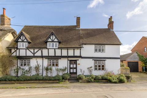 4 bedroom detached house for sale - Main Street, Preston Bissett