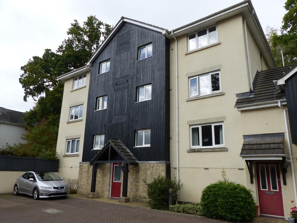 2 Bedrooms Apartment Flat for sale in St Marychurch Road, Newton Abbot