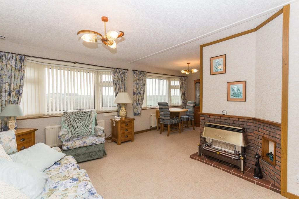 2 Bedrooms Chalet House for sale in West Shore Park, Walney, Barrow-In-Furness