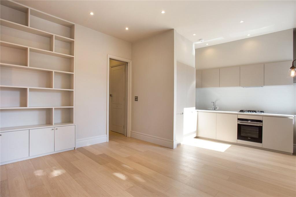 2 Bedrooms Flat for sale in Brondesbury Road, Queens Park, London, NW6
