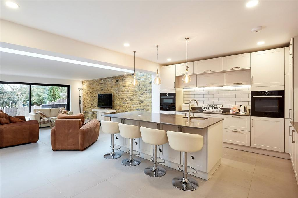 3 Bedrooms Semi Detached House for sale in Quakers Hall Lane, Sevenoaks, Kent, TN13