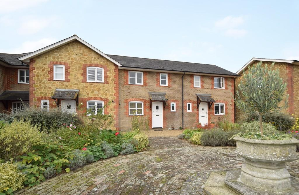 2 Bedrooms Terraced House for sale in Park Drive, Bramley, Guildford GU5 0JZ