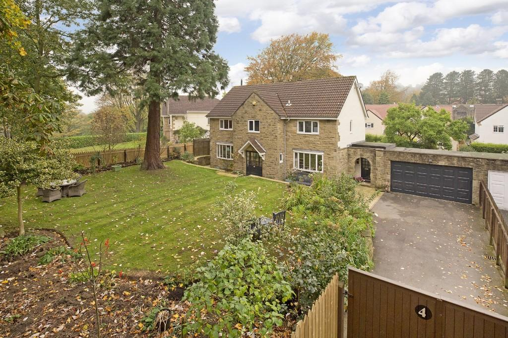 4 Bedrooms Detached House for sale in Stubham Rise, Middleton, Ilkley
