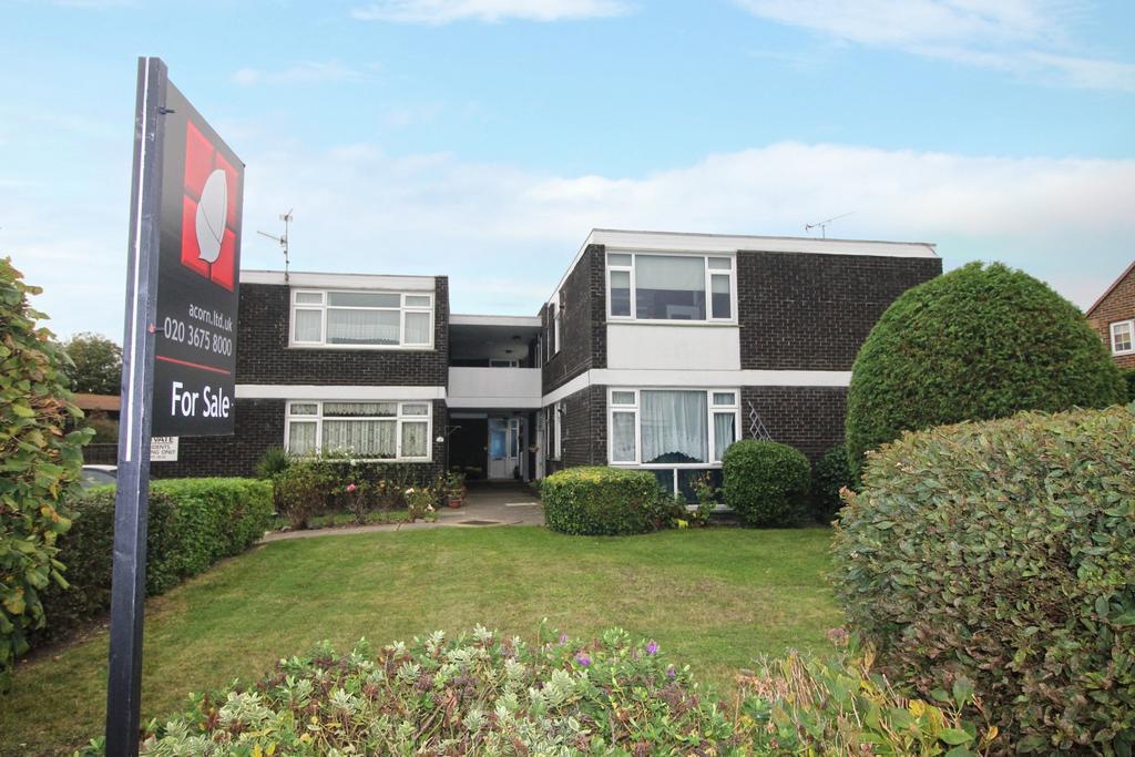 2 Bedrooms Flat for sale in Upper Park Road Belvedere DA17