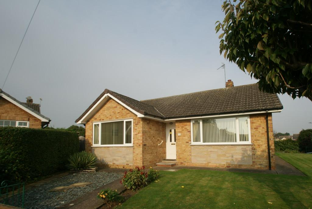 3 Bedrooms Detached Bungalow for sale in Maple Drive, Auckley