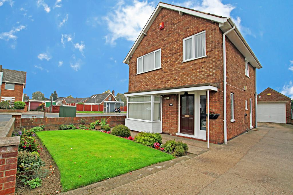 3 Bedrooms Detached House for sale in Croft Road, Balby, Doncaster