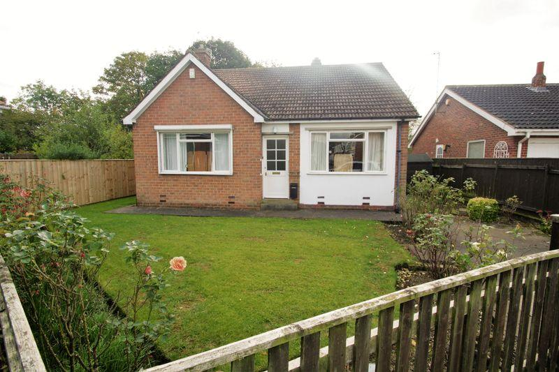 2 Bedrooms Detached Bungalow for sale in Linden Avenue, Hartburn, Stockton, TS18 4EG