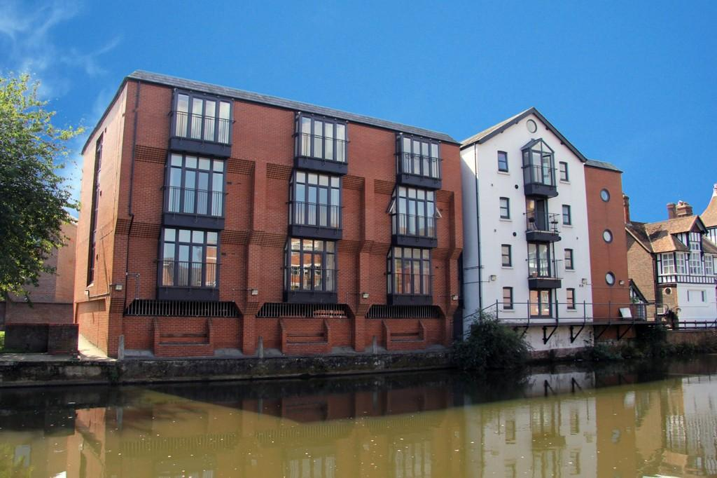 1 Bedroom Apartment Flat for sale in Central Tonbridge