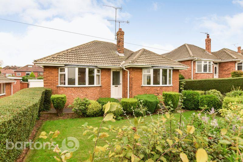 2 Bedrooms Detached Bungalow for sale in Cotswold Crescent, Whiston