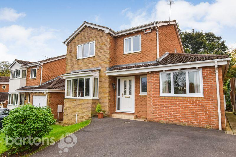 4 Bedrooms Detached House for sale in Heather Close, Moorgate