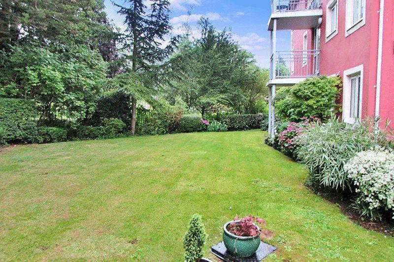 1 Bedroom Retirement Property for sale in Stanley Road, Torquay