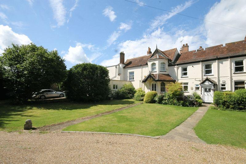 5 Bedrooms Semi Detached House for sale in FETCHAM