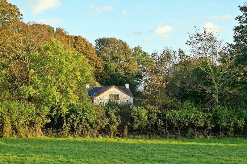 3 Bedrooms Cottage House for sale in Llandegfan, Anglesey