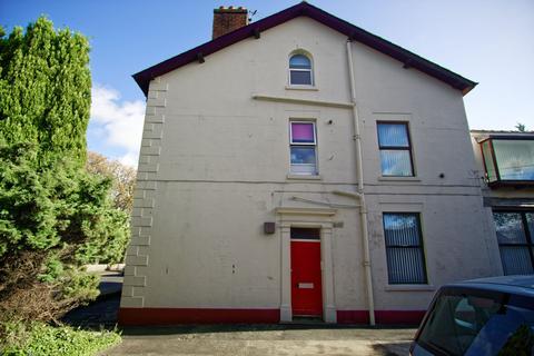 1 bedroom flat to rent - Ground Floor Flat to Let on Watling Street Road