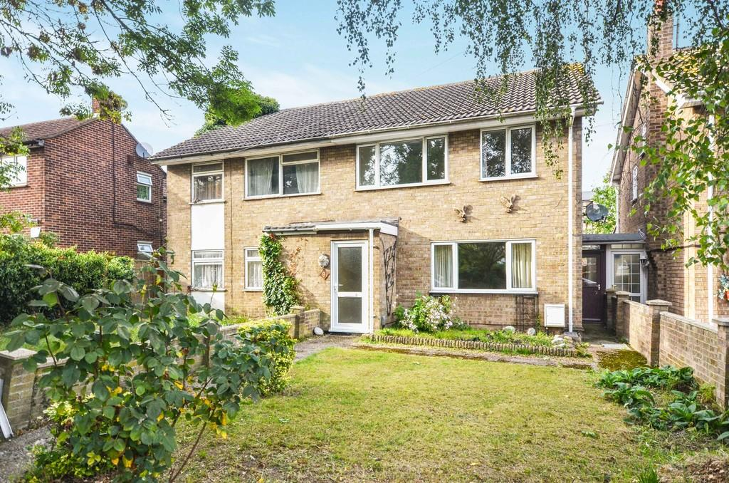 3 Bedrooms Semi Detached House for sale in Cowdray Avenue, Colchester, CO1 1UT