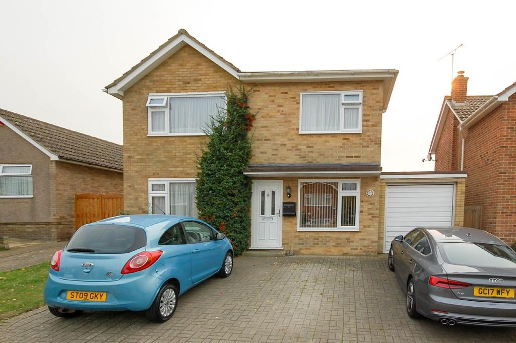 4 Bedrooms Detached House for sale in The Downings, Herne Bay