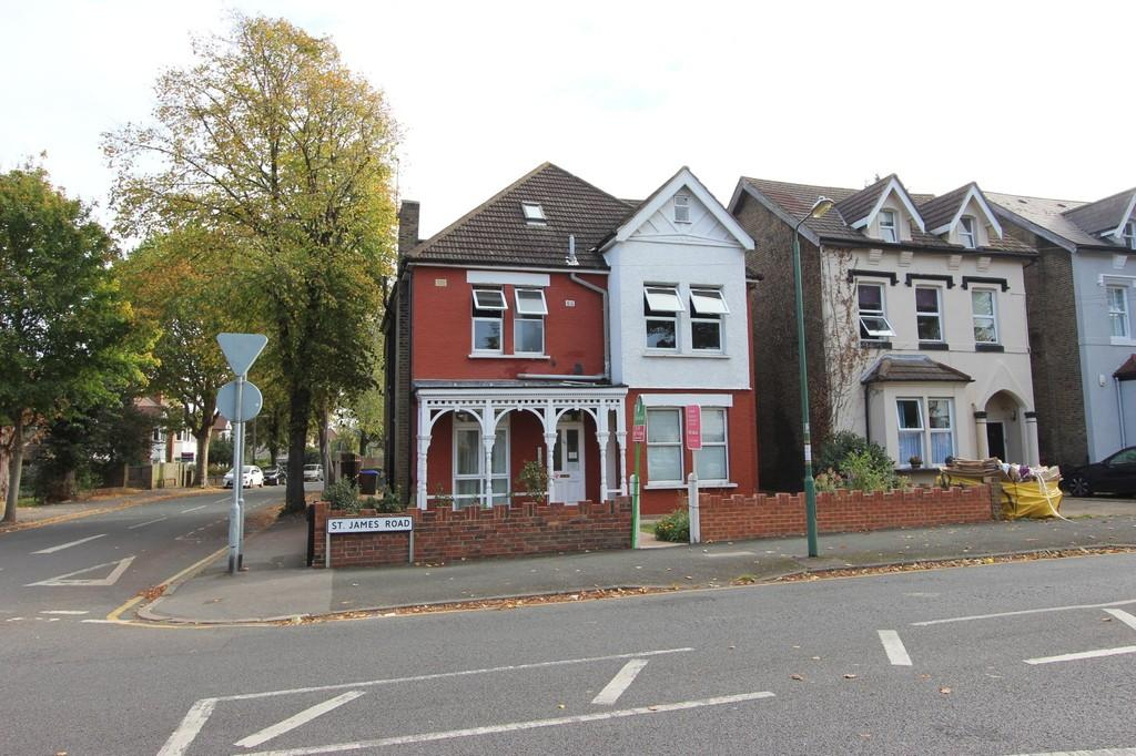 1 Bedroom Ground Flat for sale in St. James Road, Sutton