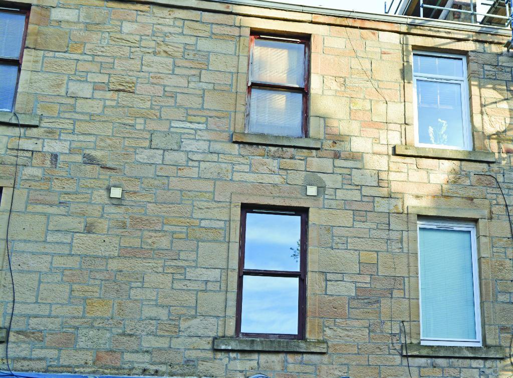 1 Bedroom Flat for sale in Glebe Street, Falkirk, Falkirk, FK1 1HX