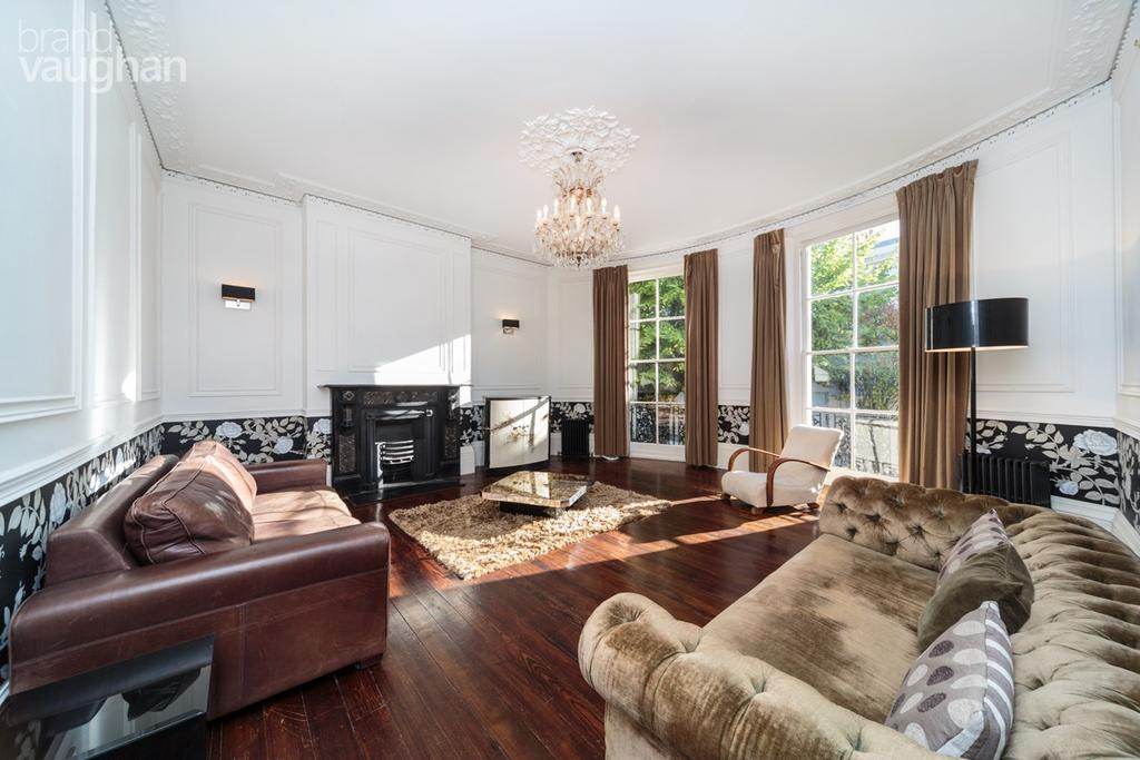 4 Bedrooms Maisonette Flat for sale in Brunswick Road, Hove, BN3