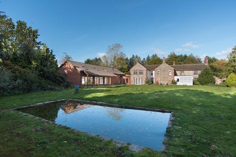 5 bedroom farm house for sale - Thorpe Market Road, Roughton