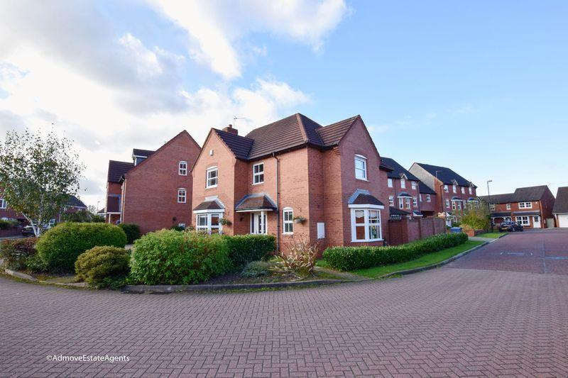 4 Bedrooms Detached House for sale in Lady Acre Close, Lymm