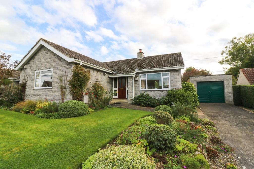 3 Bedrooms Detached Bungalow for sale in Broadclose Way, Barton St. David