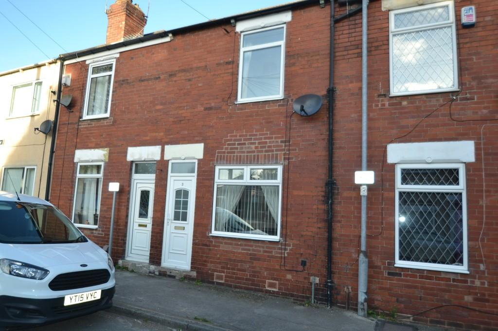 2 Bedrooms Barn Conversion Character Property for sale in Kenyon Street, South Elmsall, Pontefract