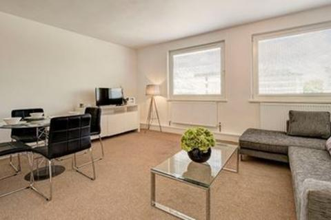 1 bedroom apartment to rent - Luke House