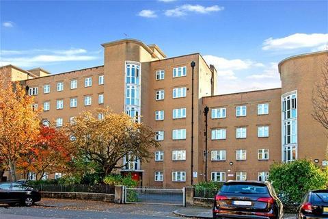 1 bedroom flat to rent - Poynter House, London
