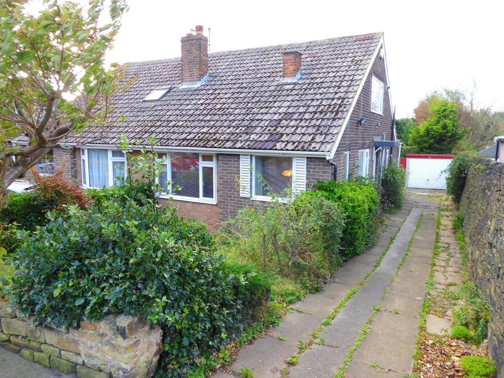 3 Bedrooms Semi Detached Bungalow for sale in New Street, Pudsey