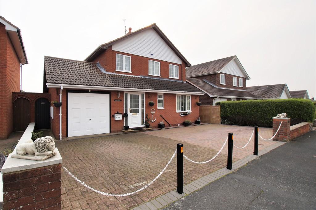 3 Bedrooms Detached House for sale in Mordacks Road, Bridlington