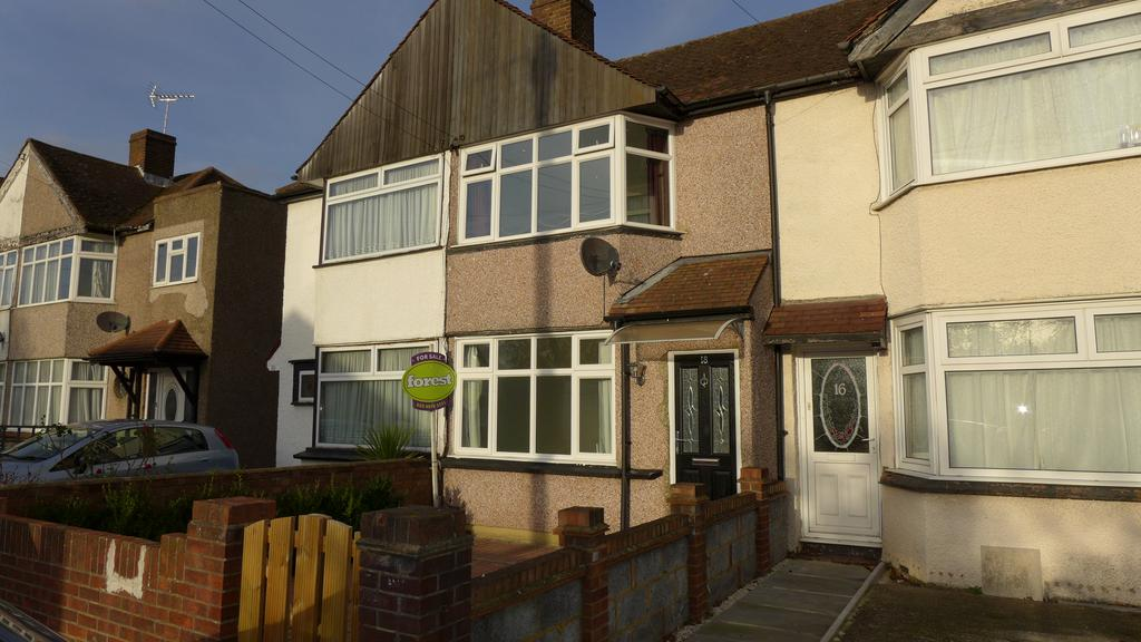 2 Bedrooms Terraced House for sale in Guildford Avenue, Feltham