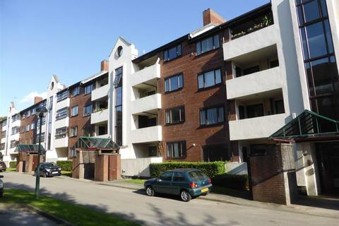 2 bedroom flat for sale - Cassandra Court, Regents Park, Salford