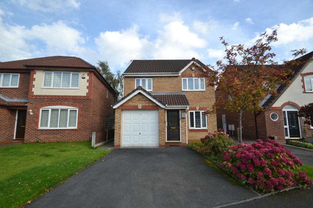 3 Bedrooms Detached House for sale in Earlesfield Close, Sale
