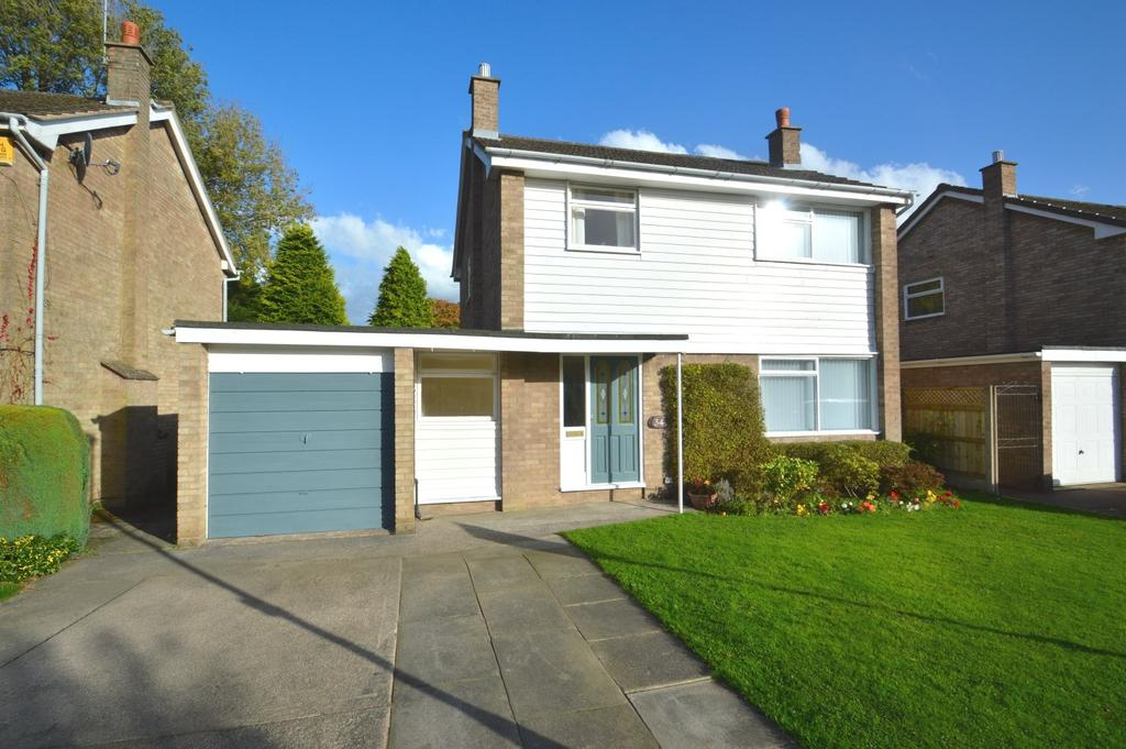 3 Bedrooms Detached House for sale in Grassfield Way, Knutsford