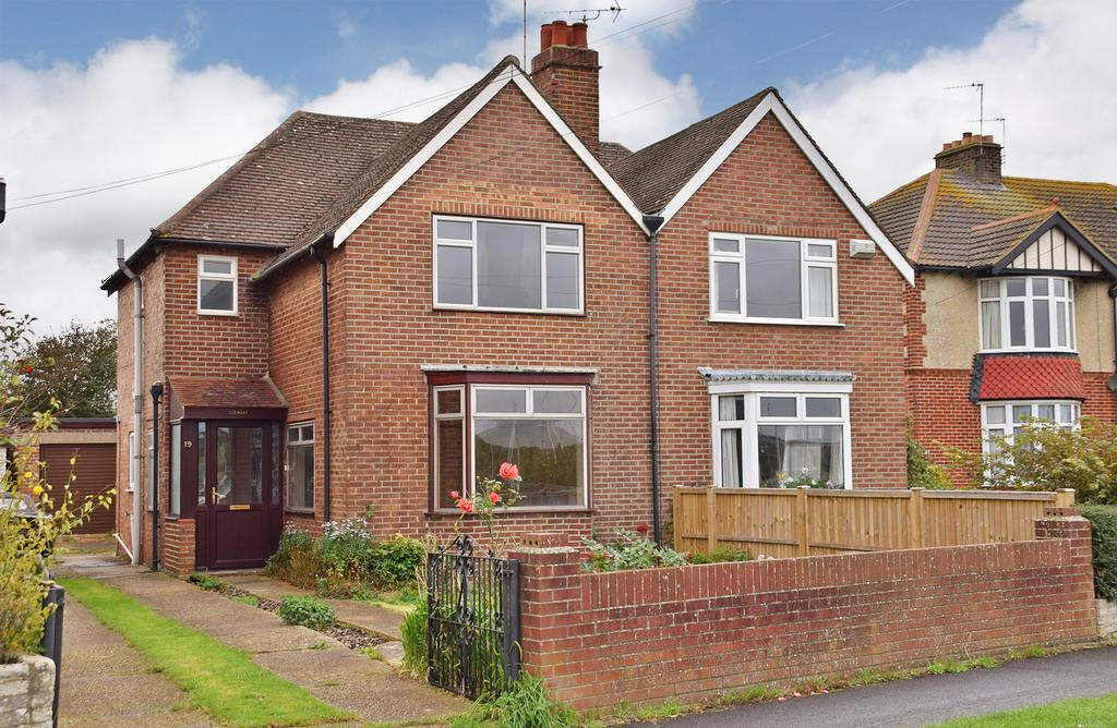 3 Bedrooms Semi Detached House for sale in EASTERN PARADE, FAREHAM