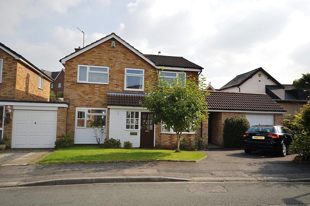 4 Bedrooms Detached House for sale in Springfield Avenue, Lymm