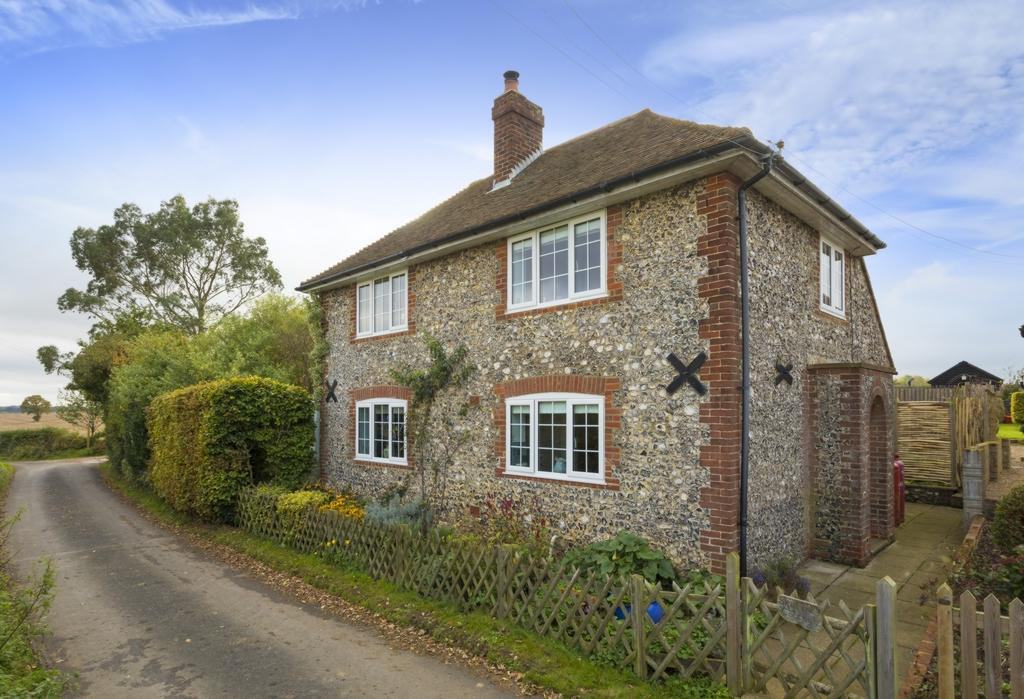 3 Bedrooms Detached House for sale in Church Lane, Stelling Minnis, CT4