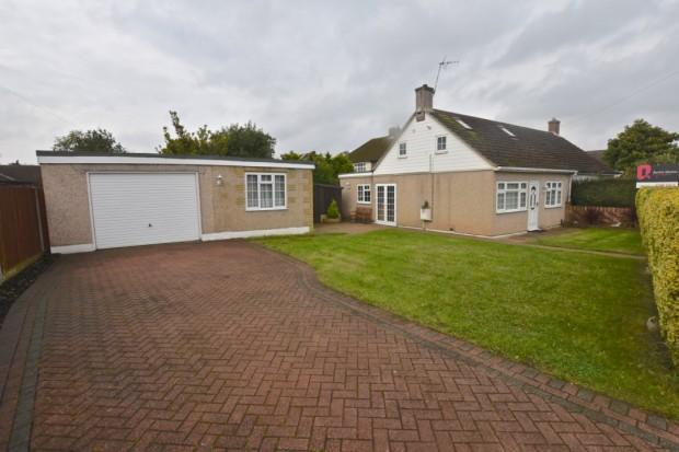 3 Bedrooms Bungalow for sale in Darcy Road, Ashtead, KT21