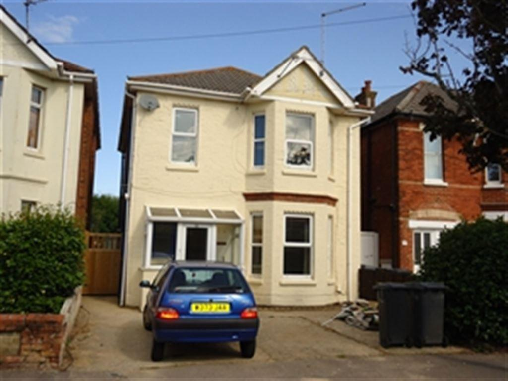 6 Bedrooms House for rent in Edgehill Road, Winton, Bournemouth, Dorset