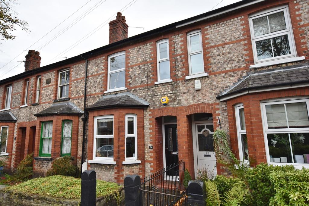 3 Bedrooms Terraced House for sale in Beech Road, Hale