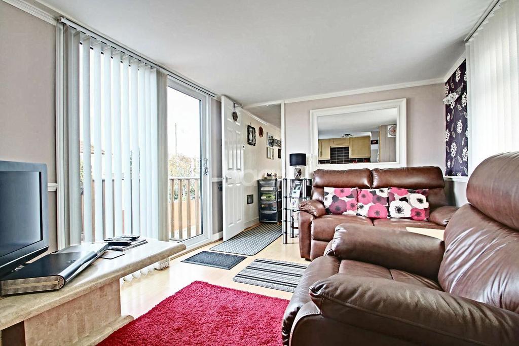 1 Bedroom Bungalow for sale in Hullbridge