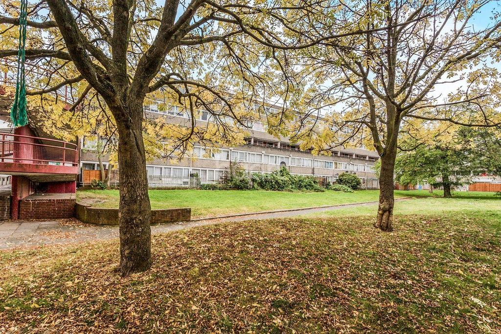 5 Bedrooms Flat for sale in Beaconsfield Road