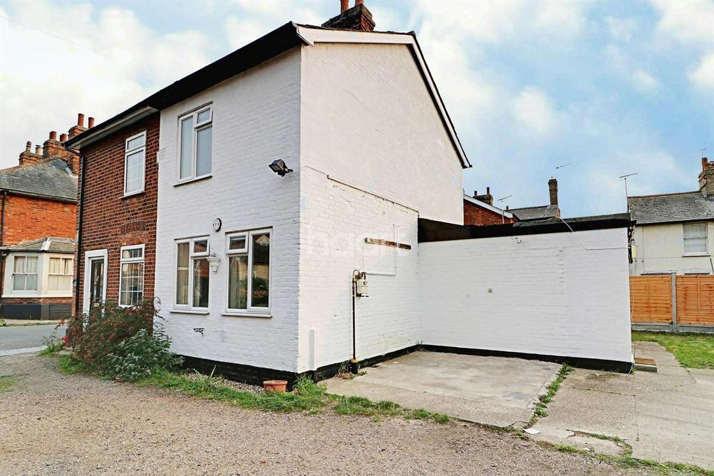 2 Bedrooms Cottage House for sale in Beckford Road, Mistley, Manningtre, Essex