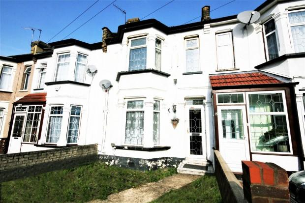 3 Bedrooms Terraced House for sale in Khartoum Road, Ilford, IG1