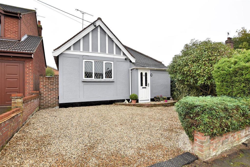 1 Bedroom Detached Bungalow for sale in Benfleet