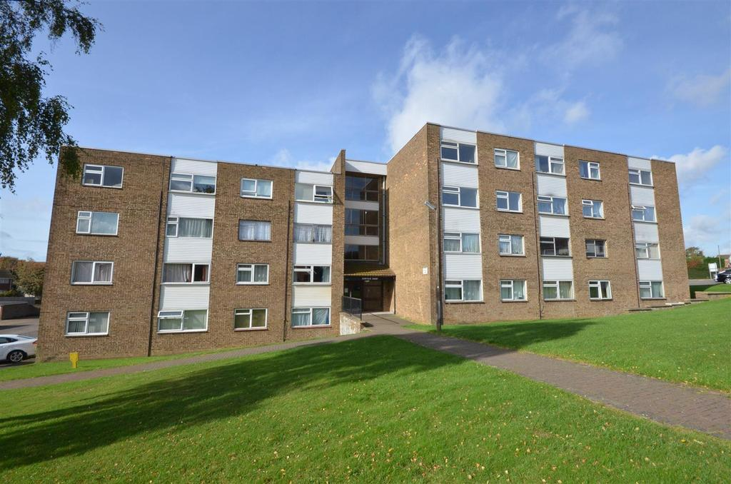 1 Bedroom Apartment Flat for sale in Handcross Road, Wigmore