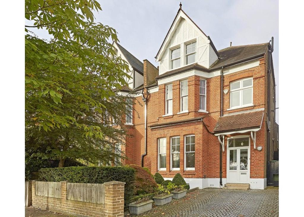 5 Bedrooms Semi Detached House for sale in Calton Avenue, London, SE21
